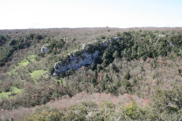 Trekking tra speleo, natura e storia